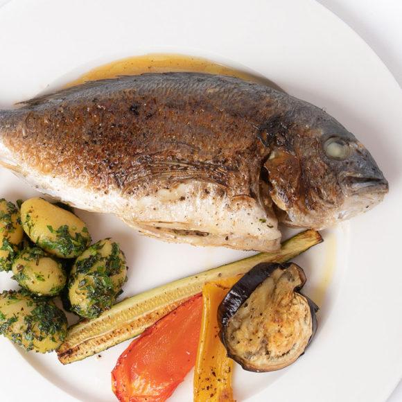 Mediterrane Speisen im Restaurant in Schladming, Steiermark